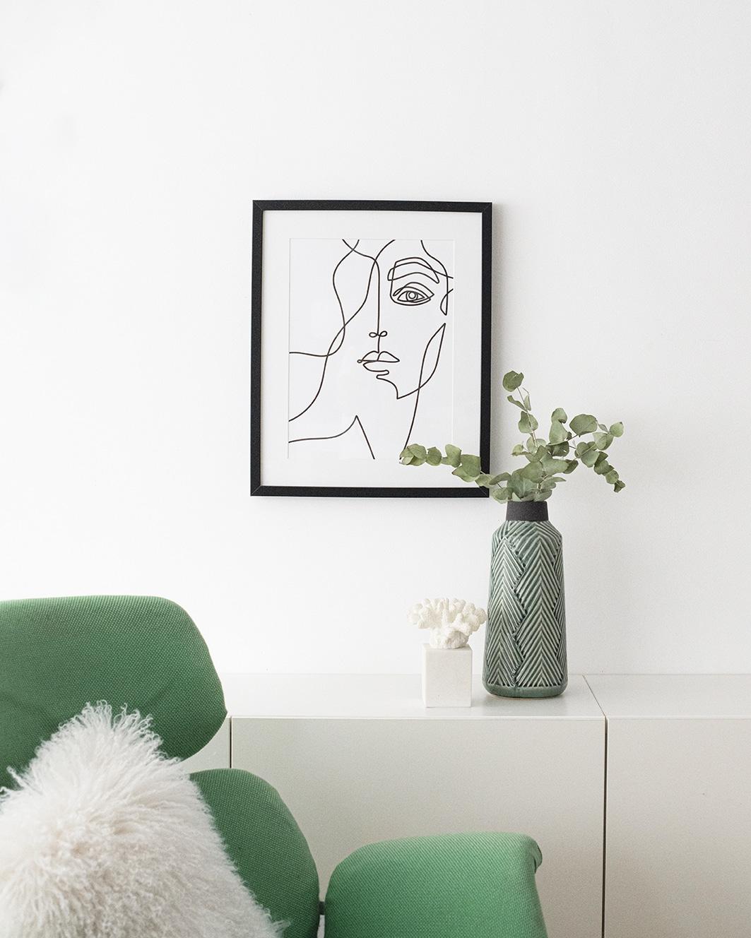 Drawing under frame